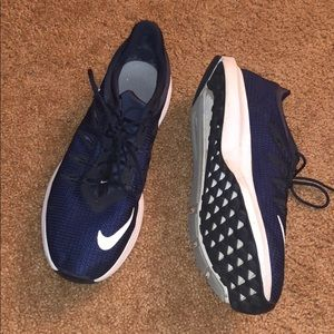 Men's Nike running shoe
